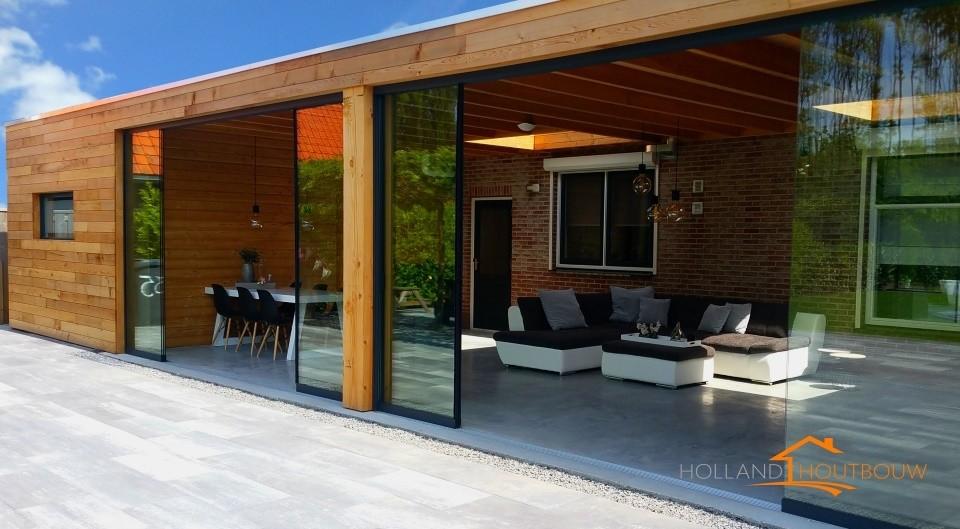Red ceder aanbouw glazen wand